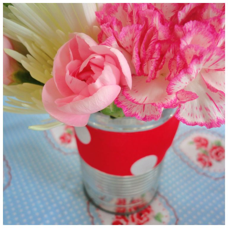 Tea party flowers
