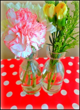 Pretty vintage tea party flowers